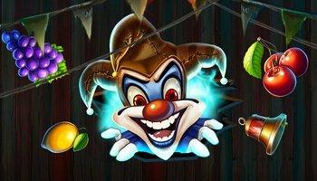 Wicked Circus kansi